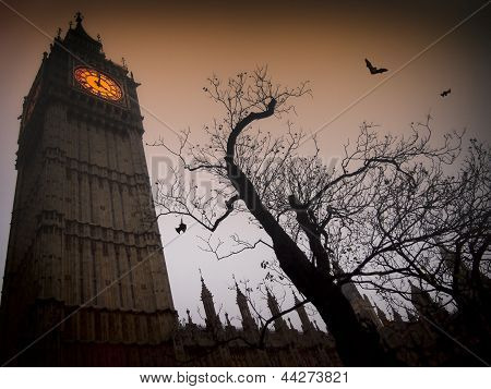 Spooky Big Ben com morcegos