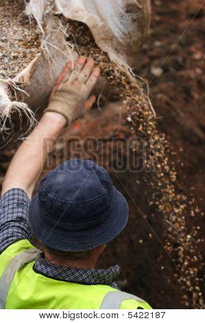Builder Opening Gravel Sack