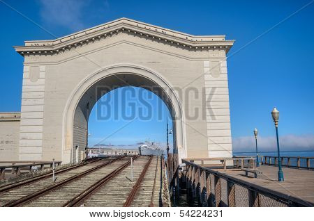 Pier 39 Archway
