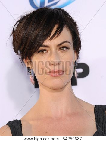 LOS ANGELES - SEP 07:  Maggie Siff arrives to