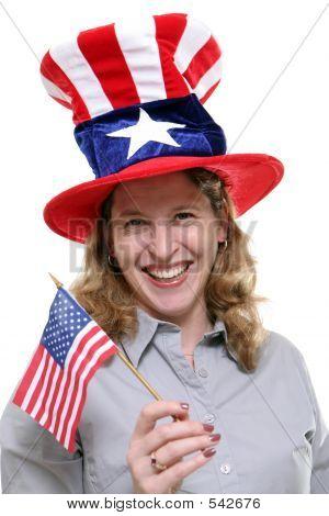 Señora Patriótica contra fondo blanco