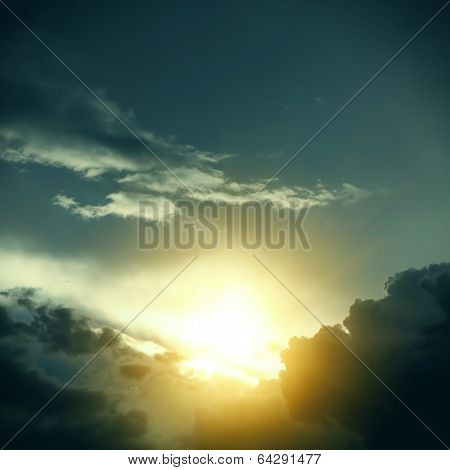 Dramatic Cloudscape And Sunlight