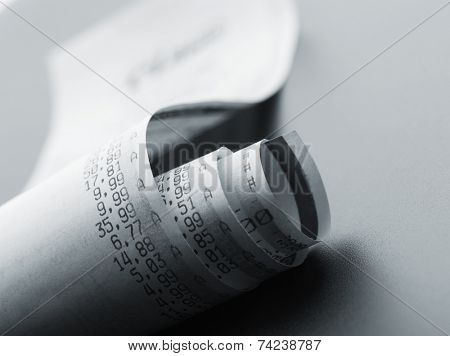 Grocery shopping list on a till roll printout