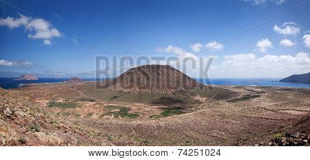 Panorama over the north of La Graciosa