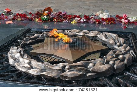Eternal Fire On The Memorial
