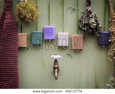 Bathroom composition