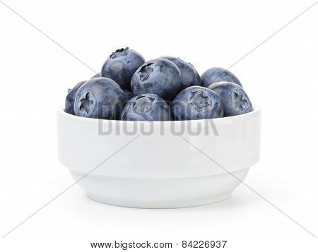 fresh ripe blueberries in white bowl