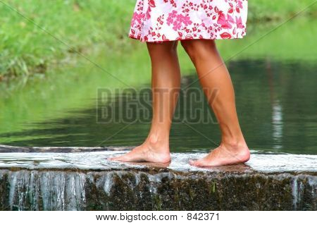 Streamy Legs