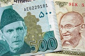 picture of gandhi  - Banknotes from Pakistan and India showing heroes of the two nations - JPG