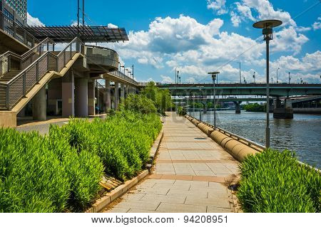 Walkway Along The Schuylkill River In Philadelphia, Pennsylvania.