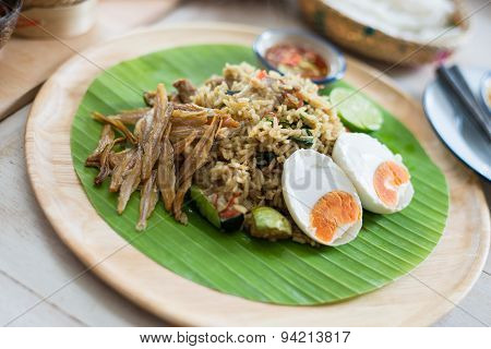 Green Curry Fried Rice With Salty Eggs