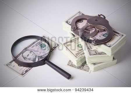 Pack Of Dollars With Magnifier And Handcuffs