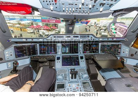 Airbus A350 Cockpit