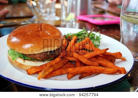 Burger & Sweet Potatoes