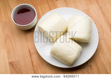 Chinese Steamed Bun and tea