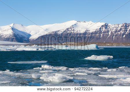 Jokulsarlon lagoon Icebergs floating Iceland