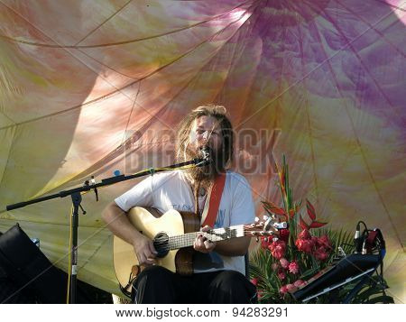 Mike Love Jams Sings And Jams At 3Rd Annual Kahumana Farm Festival