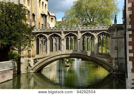 CAMBRIDGE, ENGLAND - MAY 13: Elegant 19thC Bridge of Sighs, Cambridge , England spanning the Cam River between the Courts of St Johns College on May 13, 2015