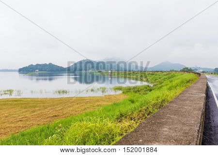 The Streets Of Large Reservoirs With The Mountain Early In The Morning At Thailand
