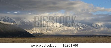 Blacktail butte toward Tetons with antelope sagebrush flats in foreground