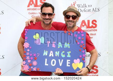 LOS ANGELES - OCT 16:  Lawrence Zarian, Gregory Zarian at the ALS Association Golden West Chapter Los Angeles County Walk To Defeat ALS at the Exposition Park on October 16, 2016 in Los Angeles, CA