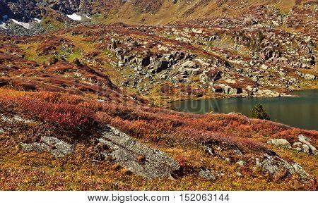 Shavlinskoe lake in the Altai mountains Ust-Koksinsky district in September