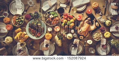 Thanksgiving Celebration Traditional Dinner Table Setting Concept