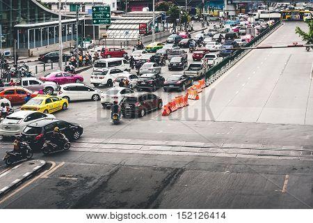 Bangkok, Thailand - September 19 2016: Rush Hour With Cars And Generic Vehicles Traffic Jam In Bangkok, Thailand. (Real Life Transportation Concept Mode)