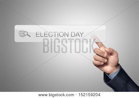 En Hand Touch The Selection Day Written In Search Column
