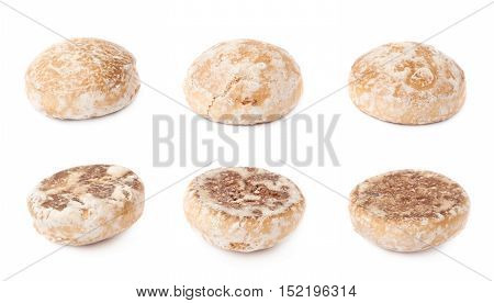 Set of round gingerbread  small cakes with sugar powder isolated over the white background