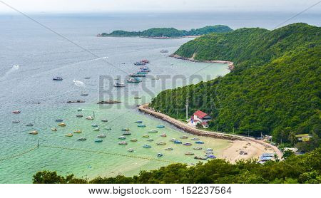Viewpoint of Koh Lan Koh Lan is one of the eastern seaboard islands of Thailand neat Pattaya