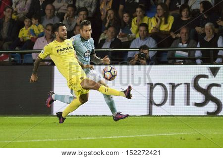 VILLARREAL, SPAIN - OCTOBER 16th: (L) Soriano during La Liga soccer match between Villarreal CF and R.C. Celta de Vigo at El Madrigal Stadium on October 16, 2016 in Villarreal, Spain
