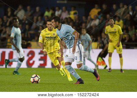 VILLARREAL, SPAIN - OCTOBER 16th: Cabral with ball during La Liga soccer match between Villarreal CF and R.C. Celta de Vigo at El Madrigal Stadium on October 16, 2016 in Villarreal, Spain