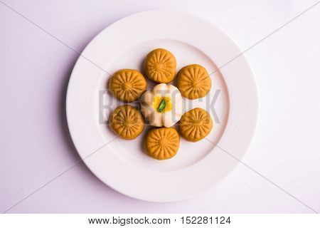 indian sweet pera or pedha,  indian sweet burfi in a plate, diwali sweet food