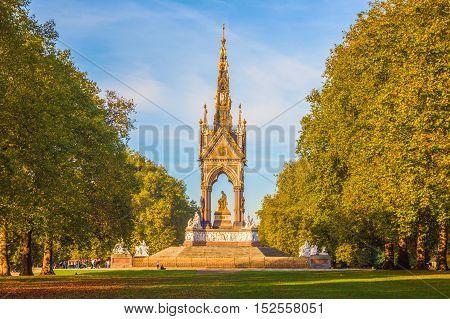 Autumn season at Albert Memorial in London