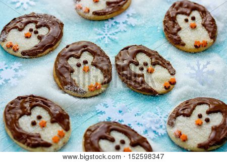 Funny Christmas penguin cookies creative idea recipe for holiday