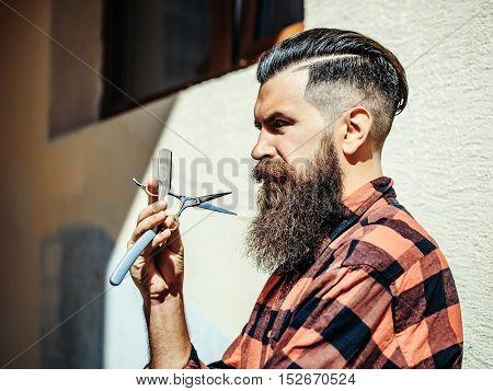 Bearded Man Barber