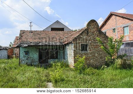 Old abandoned house in which no one lives long.