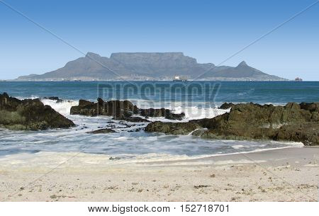 THIS IS BLOUBERG STRAND, CAPE TOWN SOUTH AFRICA 11JJK