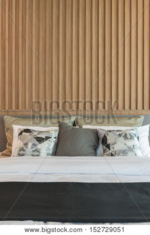 Modern Bedroom Design With Decorated Wooden Panel