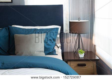blue color tone of modern bedroom design