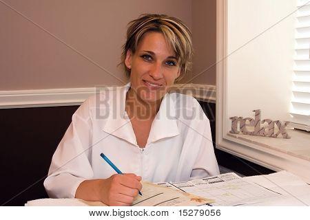 Muito jovem médico