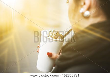 Drink in hand. Coffee, Latte. The sun's rays.