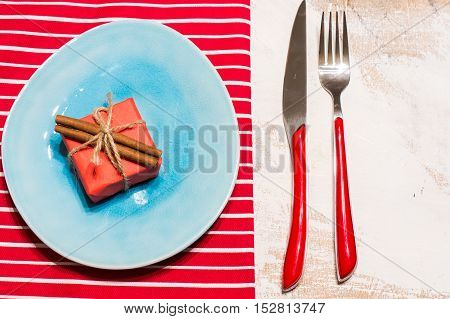 Table Setting In Red And Blue