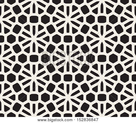 Vector Seamless Black and White Rounded Lace Pattern. Abstract Geometric Background Design