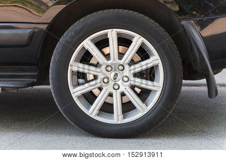 Range Rover Car, Modern Automotive Wheel