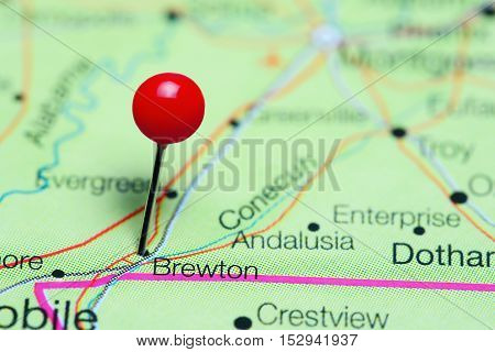 Brewton pinned on a map of Alabama, USA