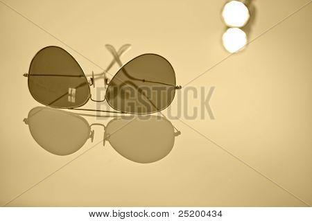 Aviator sunglass