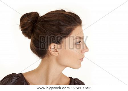 Pescoço de lado de cabeça de mulher