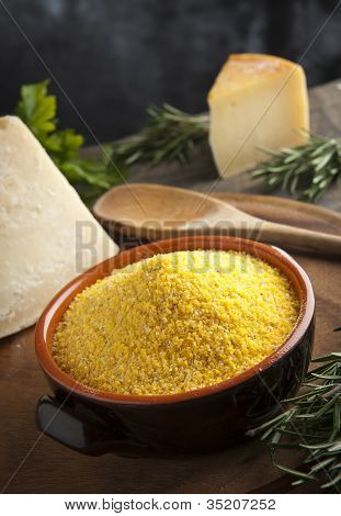 Cornmeal for polenta